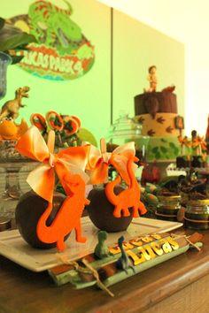 maça de chocolate dinossauros https://www.facebook.com/blogcriandoecontando?pnref=story