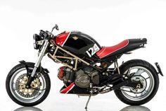 "8negro: Ducati Monster 600 ""Primordiale"":: Officina Italiana Motomorfosi."