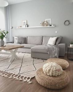 Minimalist Living Room Ideas - Looking to improve as well as fine-tune your space? Below minimalist living rooms that will motivate your spring-cleaning efforts. Home Living Room, Interior Design Living Room, Living Room Designs, Living Room Decor, Interior Paint, Kitchen Living, Room Kitchen, Apartment Living, Comfortable Living Rooms