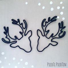 Il est temps de penser à votre déco de Noël! Série très limitée de cerfs que vous pourrez trouver au marché de @unechouquettealausanne le week-end prochain!  #noel #cerf #formeentricotin #formeenlaine #tricotin #tricotinaddict #spoolknitting #handmade #faitmain #lausanne #picotipicotin