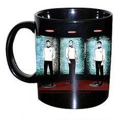 Star Trek Heat Sensitive Transporter Mug. Woah! I need to have one of this!