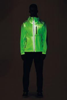 The detailed description of all the garments on http://www.stoneisland-corporate.com/en/5815_ss/ ---- La descrizione dettagliata di tutti I capi su http://www.stoneisland-corporate.com/5815_pe/