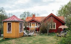 Swedish House, Summer 3, Everything Is Awesome, Home Fashion, Villa, Exterior, House Styles, Image, Home Decor