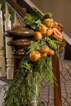 55 Christmas Home Decor Ideas - decoration Noel Christmas, Christmas Colors, All Things Christmas, Winter Christmas, Christmas Crafts, Christmas Decorations, Natural Christmas, Christmas Oranges, Holiday Decorating