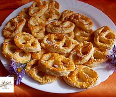 Salty Cake, Onion Rings, Healthy Drinks, Food And Drink, Bread, Cooking, Ethnic Recipes, Foods, Hungarian Recipes