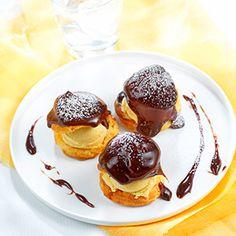 Profiteroles glace vanille sauce Chocolat-Noisettes