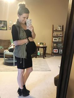 Black maternity dress and utility vest #marernityootd #maternity #maternityfashion