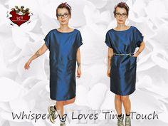 BlueGlam...Fledermauskleid aus Brokat. We Love.