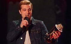 Um dos grandes vencedores da noite foi Jogos Vorazes: Em chamas, que levou a pipoca de ouro por melhor filme e melhor performance masculina, dado a Josh Hutcherson.