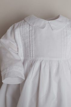 ⭐ Christening Gowns for Girls & Boys in Highest Quality at Best Prices Christening Gowns For Girls, Bellini, Occasion Wear, Kobe, Girls Dresses, Ruffle Blouse, Elegant, Sewing, How To Wear