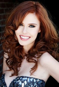 Et si on optait pour une jolie couleur auburn ? #auburn #cheveux #hair…