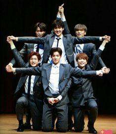 Omg me wanna try T^T K Pop, Kim Myungjun, Cha Eunwoo Astro, Astro Wallpaper, Lee Dong Min, Astro Fandom Name, Pre Debut, Cha Eun Woo, Btob