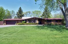 504 Newville St  Edgerton , WI  53534  - $219,900  #EdgertonWI #EdgertonWIRealEstate Click for more pics