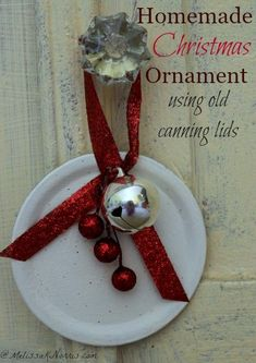 DIY Christmas ornaments are a great way to upcycle your old Mason or Ball jar canning lids. Easy enough for kids to help, these ornaments can be personalized for just about anyone on your gift list. #ornaments #DIY #Christmasornaments #canninglid Diy Christmas Lights, Decorating With Christmas Lights, Handmade Christmas Decorations, Holiday Decor, Homemade Ornaments, Diy Christmas Ornaments, Ornaments Ideas, Dough Ornaments, Homemade Christmas Gifts