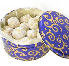 This Russian teacake recipe makes lots of sweet little balls, which can be served at a buffet, at a party or simply with coffee at the end of dinner. Russian teacakes are very popular and they melt in the mouth. This Russian teacake recipe makes little cookies, which keep well for a few days in an airtight container if you have any left over.