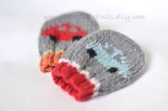 BABY KNITTING PATTERNS - baby mittens - little cars newborn to 1 year by littlepickleknits on Etsy https://www.etsy.com/listing/167960282/baby-knitting-patterns-baby-mittens