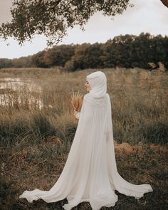 Hijab Wedding Dress, # Wedding Dress # Hijab – Best Of Likes Share Wedding Abaya, Muslim Wedding Gown, Hijabi Wedding, Muslimah Wedding Dress, Muslim Wedding Dresses, Hijab Bride, Wedding Bridesmaid Dresses, Wedding Dress Styles, Dress Wedding
