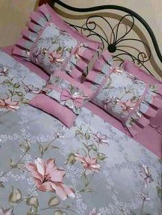 Bed Cover Design, Cushion Cover Designs, Pillow Design, Bow Pillows, Sewing Pillows, Designer Bed Sheets, Designer Pillow, Draps Design, Metal Workshop