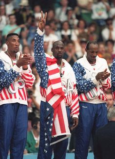 Team USA's Scottie Pippen, left, with Michael Jordan and Clyde Drexler, pose with Team Usa Basketball, Olympic Basketball, Olympic Team, Basketball Pictures, Basketball Legends, Love And Basketball, Pickup Basketball, Rockets Basketball, Basketball Schedule