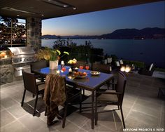 I love OUTDOOR spaces & amazing views