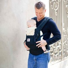 ERGObaby | Original Baby Carrier - Black/Camel    For Mat