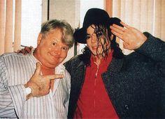 benny hill and michael jackson - Michael Jackson Photo (37581990) - Fanpop