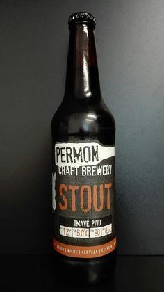 Pivo PERMON STOUT, tmavé svrchně kvašené pivo. Czech beer.