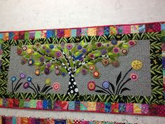 How beautiful is this wool/fabric appliqued quilt by Wendy Williams. It would be beautiful as a mosaic piece, too. Applique Stitches, Wool Applique Patterns, Felt Applique, Applique Quilts, Quilt Patterns, Quilting Projects, Quilting Designs, Wool Quilts, Wool Fabric
