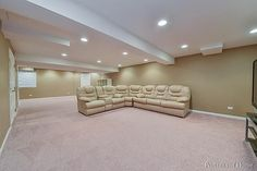 409 Fayette Dr, Oswego, IL 60543 - Home For Sale and Real Estate Listing - realtor.com®