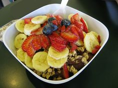 Healthy Acai Breakfast Bowl Gluten Free and Vegan Recipe — The Healthy Voyager