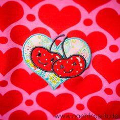 Nähfrosch Maxi-Dot Zipfeltunika aus Ottobre Nähen Stoff von Astrokatze Stickdatei von Lollipops for Breakfast