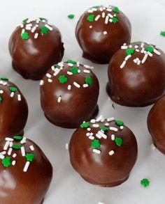 No Bake Baileys Irish Cream Cookie Balls