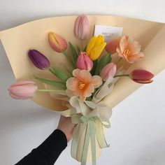 Image about flowers in littyyy by iamthefuture Beautiful Bouquet Of Flowers, My Flower, Vintage Flowers, Fresh Flowers, Flower Pots, Beautiful Flowers, Wedding Flowers, Flower Boquet, Tulip Bouquet