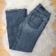 Rock & Republic Flare Jeans Rock & Republic Flare Jeans! Previously loved but in great condition and still have a ton of wear in them. Amazing quality jeans that last a long time! No trades  Rock & Republic Jeans Flare & Wide Leg