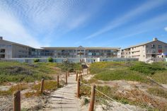 Neptune Isle - Neptune Isle is one of the only apartment buildings in the whole Peninsula that has access to its own private beach and offers the ideal beachside vacation.  Neptune Isle's perfect location gives you quick ... #weekendgetaways #capetown #southafrica