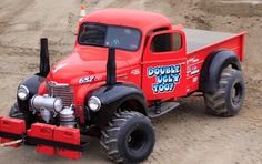 Best looking International. Double Ugly Too Truck And Tractor Pull, Tractor Pulling, Full Pull, Truck Pulls, 4x4 Trucks, Mopar, Binder, Roads, Dodge