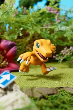 """Agumon digital partners in this new """"Digimon"""" collection set by MegaHouse!"""