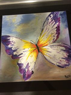 I just love the imperfection of the wings. Butterfly Drawing, Butterfly Painting, Spring Painting, Diy Painting, Watercolor Art, Watercolor Animals, Canvas Art Projects, Mobile Art, Fused Glass Art