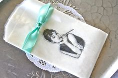 Breakfast at Tiffany's Audrey Hepburn Glassine by SwoonPartyShop Candy Bar Wedding, Breakfast At Tiffanys, Party Favor Bags, Bridal Shower, Wedding Showers, Flower Show, Audrey Hepburn, Party Themes, Party Ideas