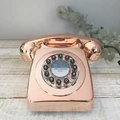 So much new product arriving at the minute! How gorgeous are our new Copper retro corded phones! They are also available in duck egg blue and marble!! Link to our website in bio.  #copper #retrophones #myhome