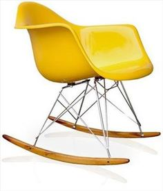cadeira charles eames fibra de vidro de balanco com braco