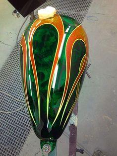 Custom Motorcycle Paint Jobs, Custom Motorcycle Helmets, Motorcycle Tank, Custom Paint Jobs, Air Brush Painting, Car Painting, Pinstriping Designs, Custom Tanks, Bike Art