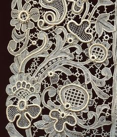 Spectacular Victorian Point de Venise needle lace edging Mint condition COLLECT