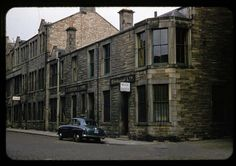 Rare Color Photographs of Streets of Edinburgh, Scotland in the 1950s