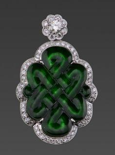 18k white gold jadeite and diamond Mystical Knot pendant