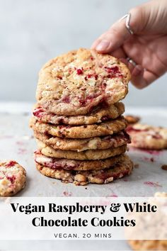 - Make these highly addictive vegan white chocolate and raspberry cookies, ready in just 20 minutes. Chewy cookies filled with jammy raspberries and chunks of rich white chocolate. You'll win anyone over with these cookies, I promise! Raspberry White Chocolate Cookies, Vegan White Chocolate, Raspberry Cookies, Chocolate Cake, Chocolate Party, Vegan Treats, Vegan Foods, Vegan Snacks, Vegan Dishes