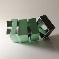 Irlandês cria objetos que brincam com a percepção #pin_it