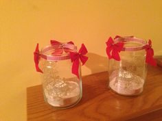 Window stickers, ribbons and bows