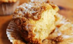 Instead of giving your teacher (or kid's teacher) an apple, give some crumbled apple muffins. There is a specific smell that comes along . Small Desserts, Apple Desserts, Apple Recipes, No Bake Desserts, Just Desserts, Fall Recipes, Sweet Recipes, Baking Recipes, Dessert Recipes