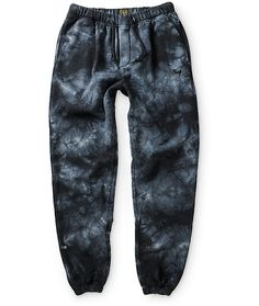 Treat yourself to the great comfort of a soft fleece lining and elastic drawstring adjustable waist for fit with a black tie dye design